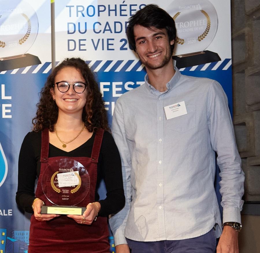 Photographie de Héléna JEROME et Antoine KUHNAT - SAFEHEAR ©Thomas APPERT, Safehear oreillette antibruit des lauréats du prix MBTP de Fimbacte : prévention innovation btp
